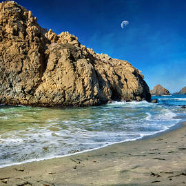 Jennifer Rondinelli Reilly - Fine Art Photography - Pheiffer Beach - Keyhole Rock #10- Big Sur California