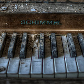 Piano Schimmel by Nathan Wright