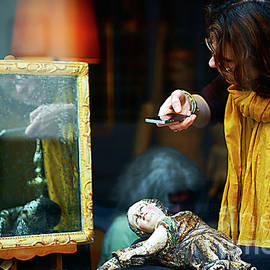 Alexander Vinogradov - PICTURES HANG on WALLS.