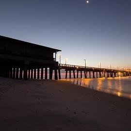 Gary Oliver - Pier Lights