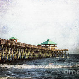 Judy Wolinsky - PIER ON FOLLY BEACH
