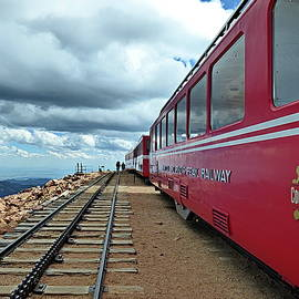 Pikes Peak Railway by Lyuba Filatova