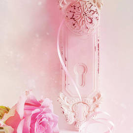 Ann Garrett - Pink Rose and Shabby Chic Door Handle