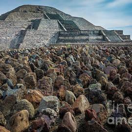 Inge Johnsson - Piramide de la Luna