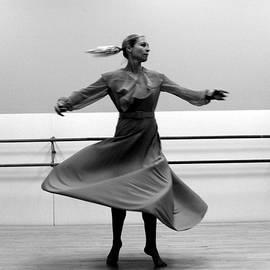 Pirouette 4  by R John Ferguson