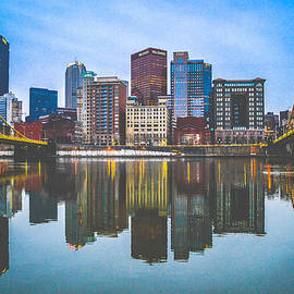 Pittsburgh by Alicia Romano