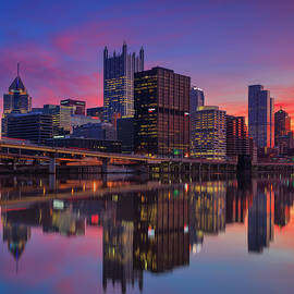 Emmanuel Panagiotakis - Pittsburgh glass reflection 1