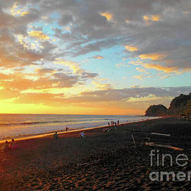 Felipe Adan Lerma - Playa Hermosa Puntarenas Costa Rica - Sunset A One