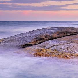 Guido Montanes Castillo - Plomo beach reefs