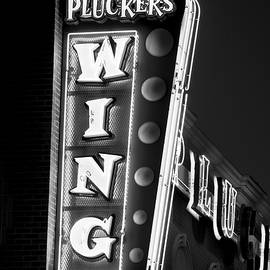 Pluckers Wing Bar B W 070218 by Rospotte Photography
