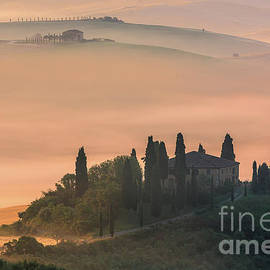 Henk Meijer Photography - Podere Belvedere at Sunrise - Val d