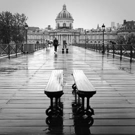 Pont des Arts. by Cyril Jayant