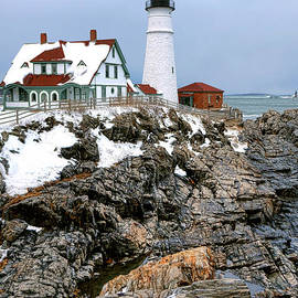 Olivier Le Queinec - Portland Head Light in Winter