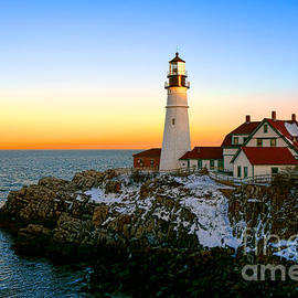 Portland Head Light Winter Sunset - Olivier Le Queinec