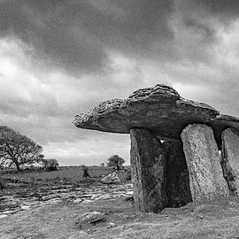 Poulnabrone Dolmen a Neolithic Construct  by S Katz