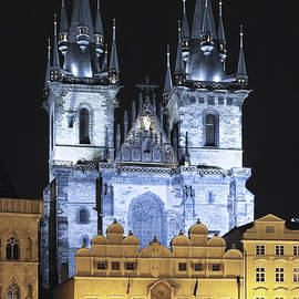 Sally Weigand - Prague Old Town Square