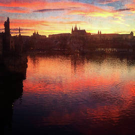 Gerlya Sunshine - Prague. Sunset on the Vltava river. Reflections