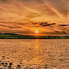 Naylors Photography - Pretty little bay at sunset
