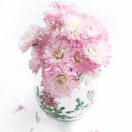 Pretty Pink Mums Still Life by Louise Kumpf