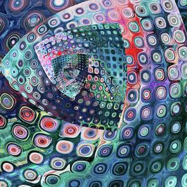 Pretty Twist -optical series by Grace Iradian