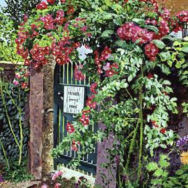 David Lloyd Glover -  Private English Garden