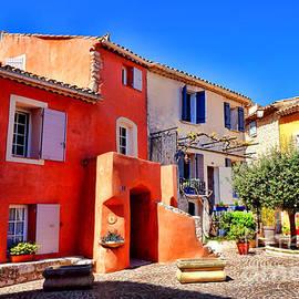 Provencal Plaza - Olivier Le Queinec