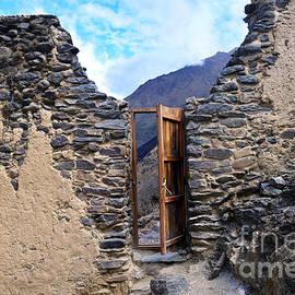 Pumatallis Temple Door to Inca Trail by Catherine Sherman