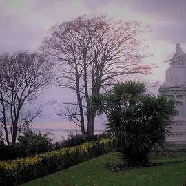 Queen Statue Overlooking the Estuary by Loretta S