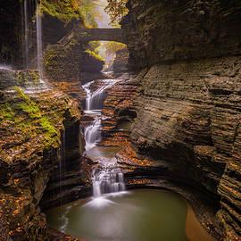 Michael Donahue - Rainbow Falls