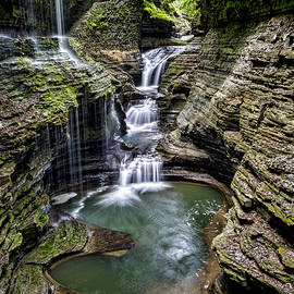 Rainbow Falls - Watkins Glen by Stephen Stookey