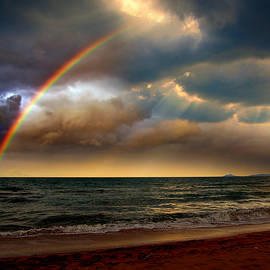 Yuri Hope - Rainbow over the sea