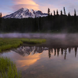 Mike  Dawson - Rainier Lenticular Sunrise