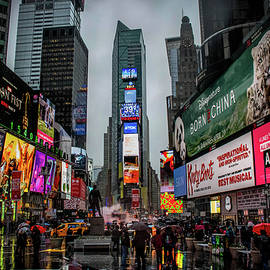 Luis Rosario - Rainy Day in Time Square