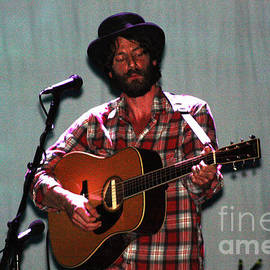 Gary Gingrich Galleries - Ray LaMontagne-9040