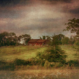 Red Barn by Louise Reeves