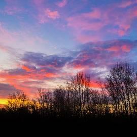 Hristo Shanov - Red clouds