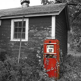 Red gas pump by Andrea Swiedler