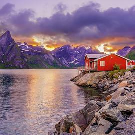Dmytro Korol - Red hut in a midnight sun