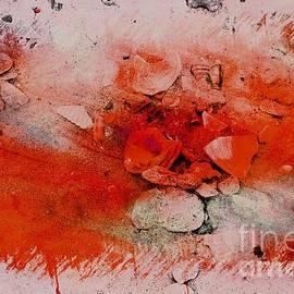 Kathleen Struckle - Red Seashells