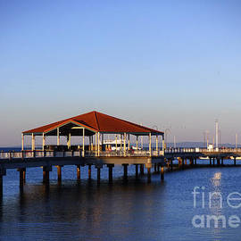 Redcliffe Jetty by Trudee Hunter