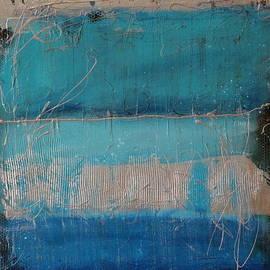 Lauren Petit - Reflect