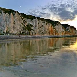Dagmar Batyahav - Reflections Dieppe France