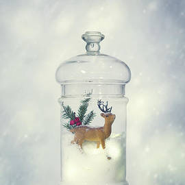 Reindeer Christmas Decoration - Amanda Elwell