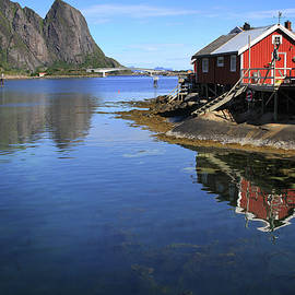 Reine, Norway by Lisa Redfern