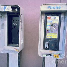 SimbiAni  - Remnants of Communication..