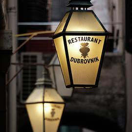 Dave Bowman - Restaurant Dubrovnik