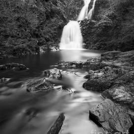 Rha Falls by Karl Thompson