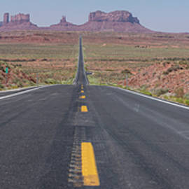 Road To Monument Valley Color  by John McGraw