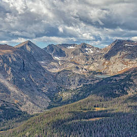 Rocky Mountain Spendor by Ronald Lutz