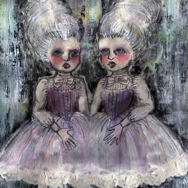 Akiko Okabe - Rococo Twins